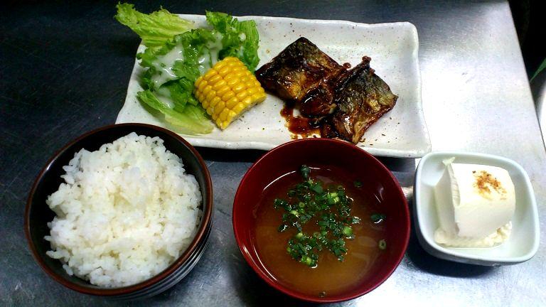魚(サバ)の煮付け定食