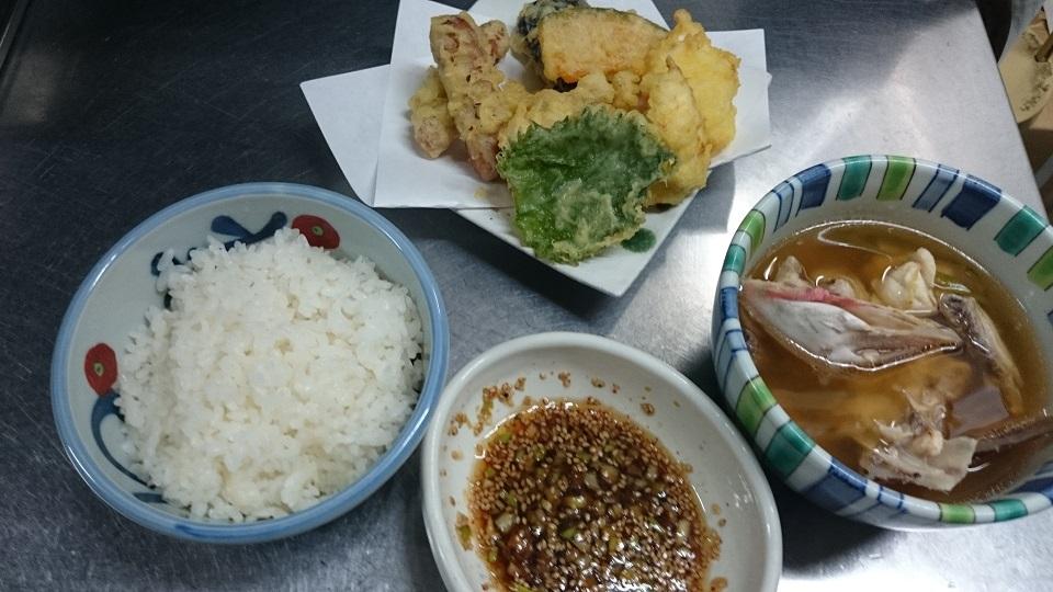 まかないの天ぷらとお吸い物