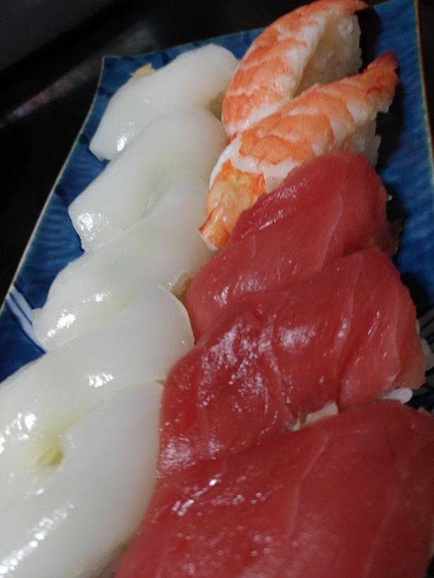 コストコで購入のにぎり寿司盛り合わせ