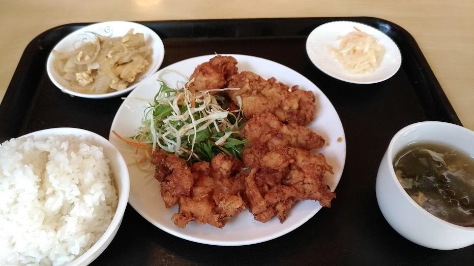 中華の家庭料理「巧福」の唐揚げ定食